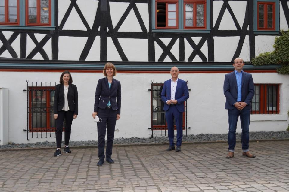 v.l.n.r: Christel Sprößler, Heike Hofmann, Gottfried Milde, Lutz Köhler